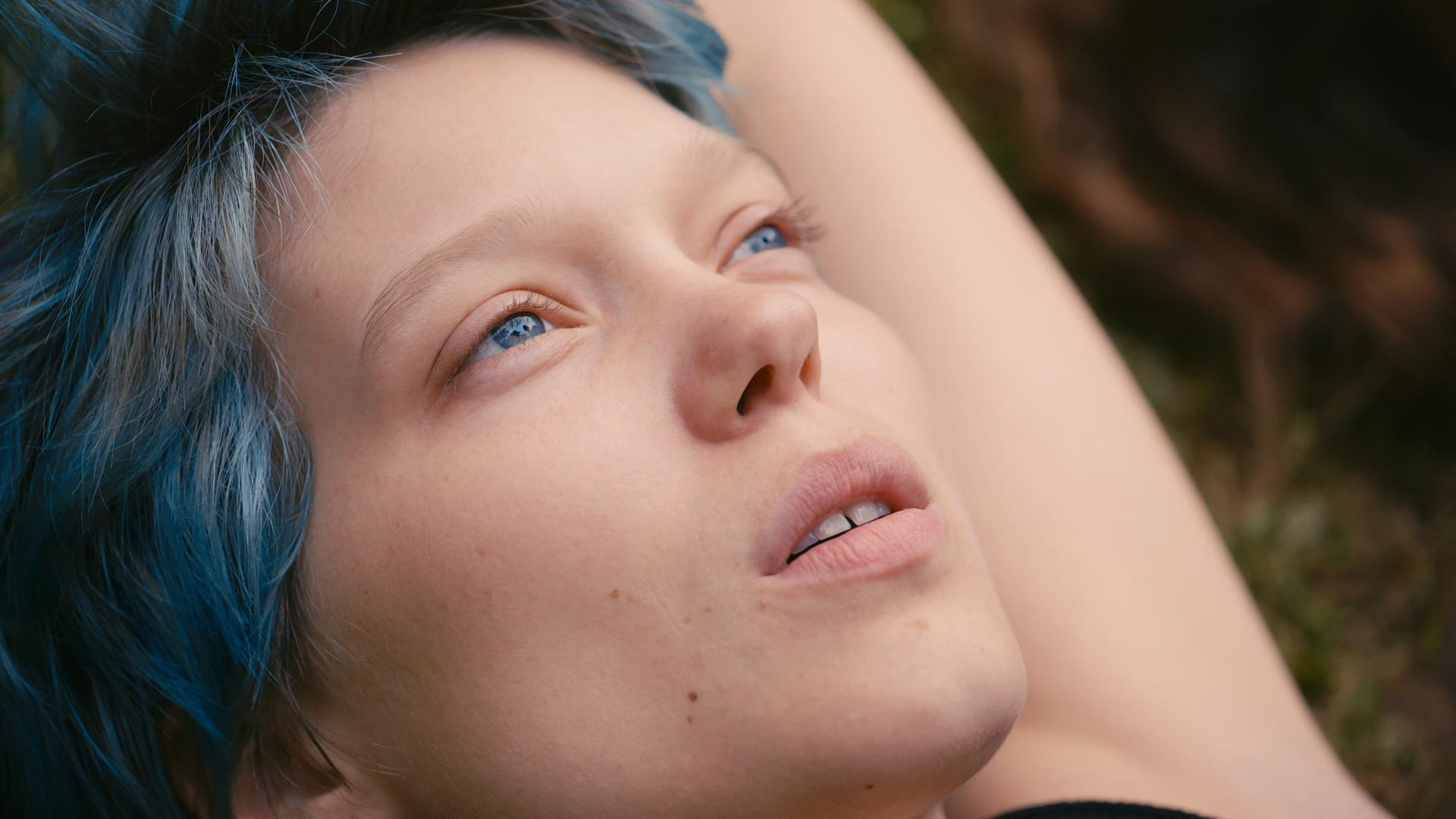 Blue-Is-the-Warmest-Color-Emma-blue-is-the-warmest-color-37028341-1920-1080