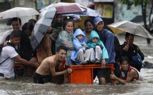 filipino-in-flood-smiling